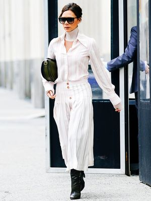 26 Victoria Beckham Style Secrets Anyone Can Copy