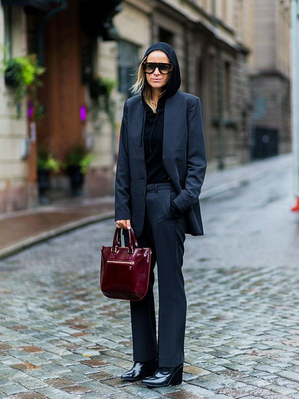 layering clothes: A black hoodie can be a smart addition