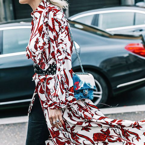 layering clothes: wear summer dresses over trousers