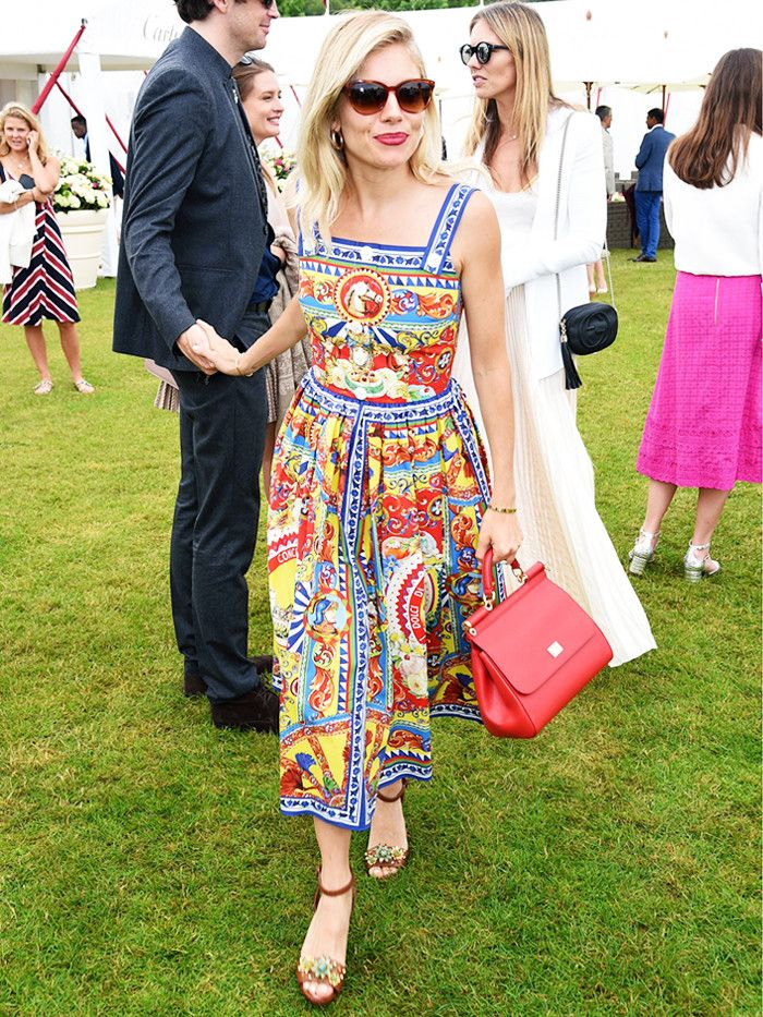 2132599 1490353963.800x0uc - 19 Type Guidelines Sienna Miller Swears By