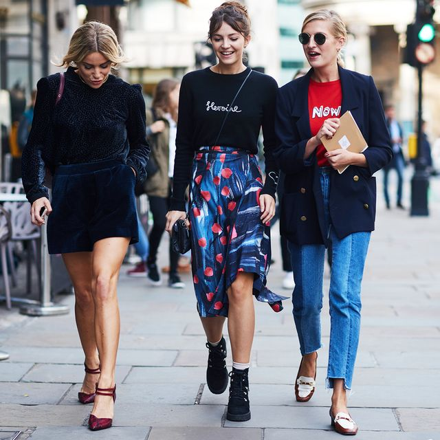 Simple Style Rules: three women walking down the street