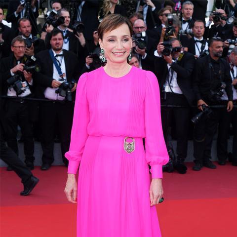 Colours That Suit Brunettes: Hot pink worn by Kristin Scott Thomas