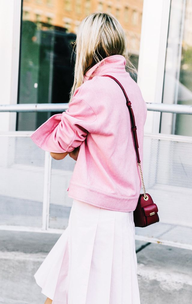 Celebrity styling tricks: Pink outfit on Camille Charierre