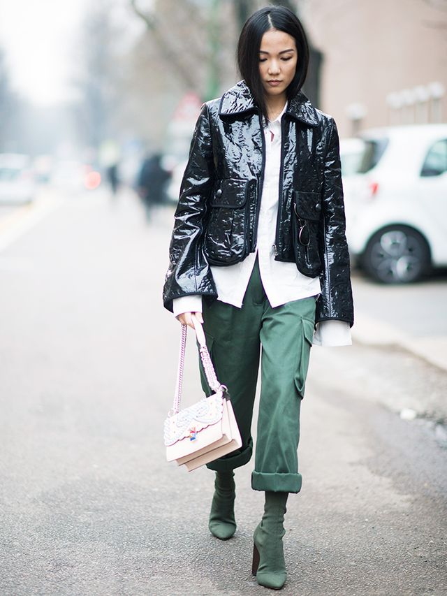 How to wear a leather jacket: matching trousers + boots + oversized men's shirt