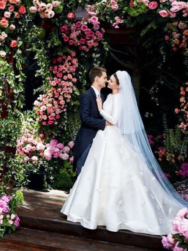 Celebrity wedding dresses: Miranda Kerr