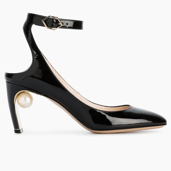 All-black outfits: Nicholas Kirkwood Black Patent Lola Pearl 80 Pumps