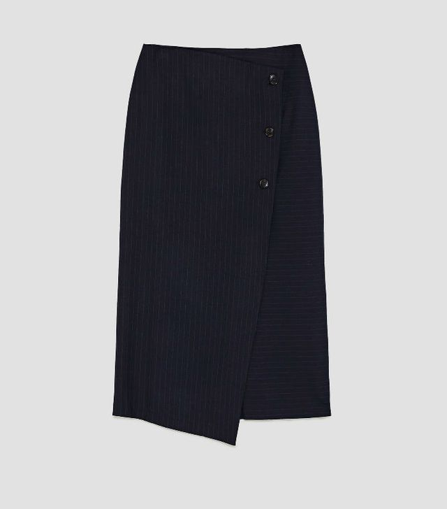 the best skirt style for your body type: Zara Buttoned Pencil Skirt