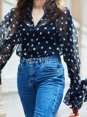 13 Quick Tips for Dressing Up Your Jeans