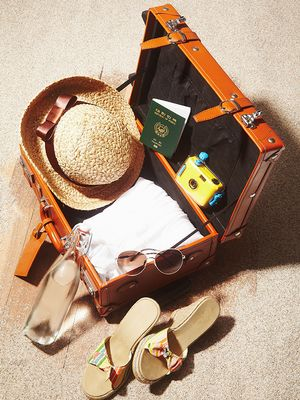 7 Genius Travel Hacks Every Woman Should Know