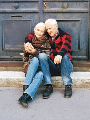 11 Questions to Ask Your Grandparents—Life Lessons Abound