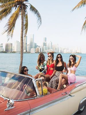 The Dos and Don'ts of Hosting a Bachelorette Party