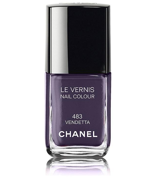 Chanel Le Vernis Nail Colour in Vendetta