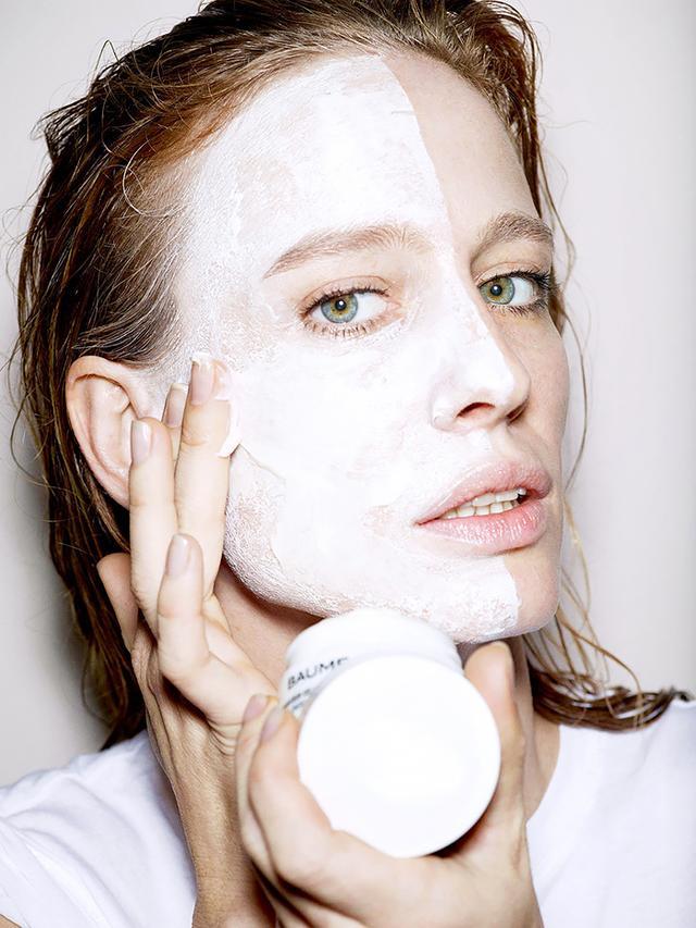 Meet Your New Favourite Skin Saviour: Self-Heating Masks