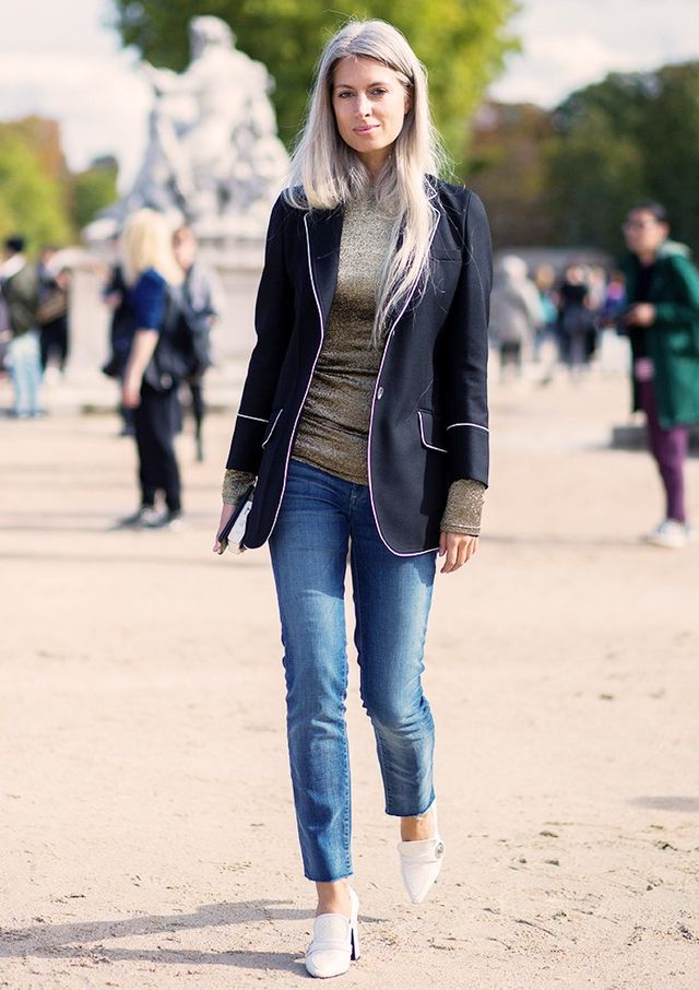 15: Fall back on jeans and blazers.