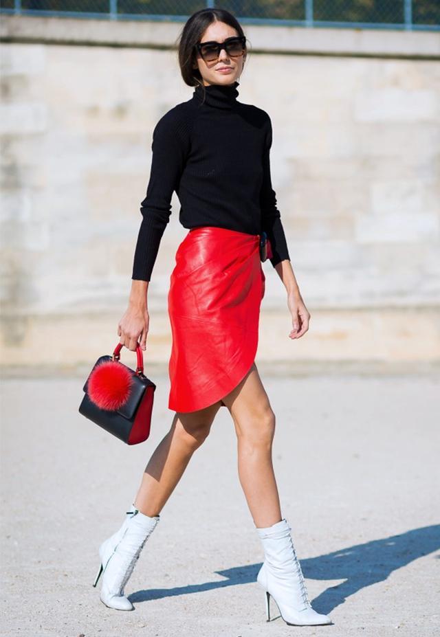 Diletta Bonaiuti at PFW S/S 16. On Bonaiuti: J.W. Anderson Red Leather Skirt(£850).
