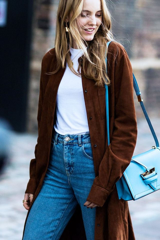 The high-lo mix is a street style phenomenon in London; it's all about wearing pared-back staples with statement pieces for 24 hours of fashion functionality. For example, classic jeans and an...