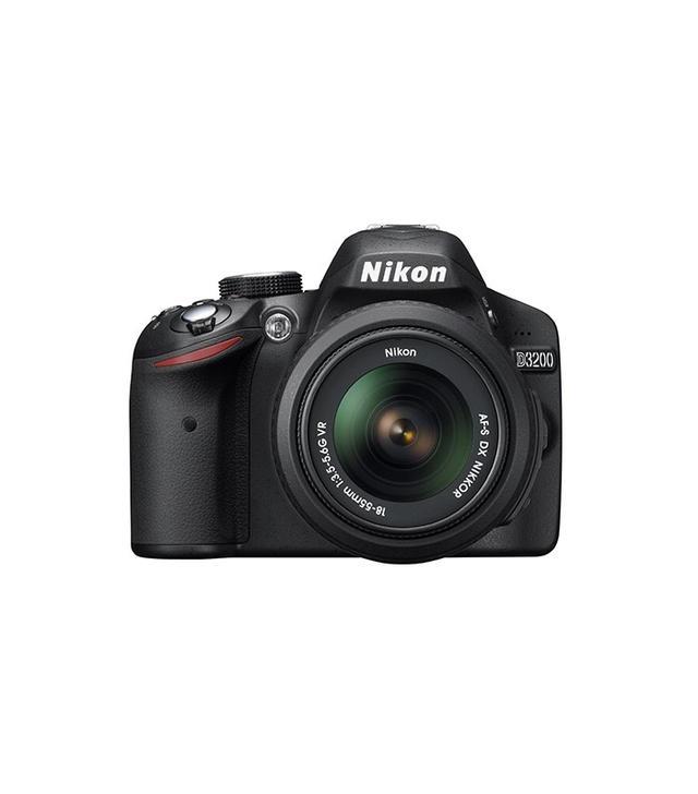 Nikon CMOS Digital SLR With 18-55mm