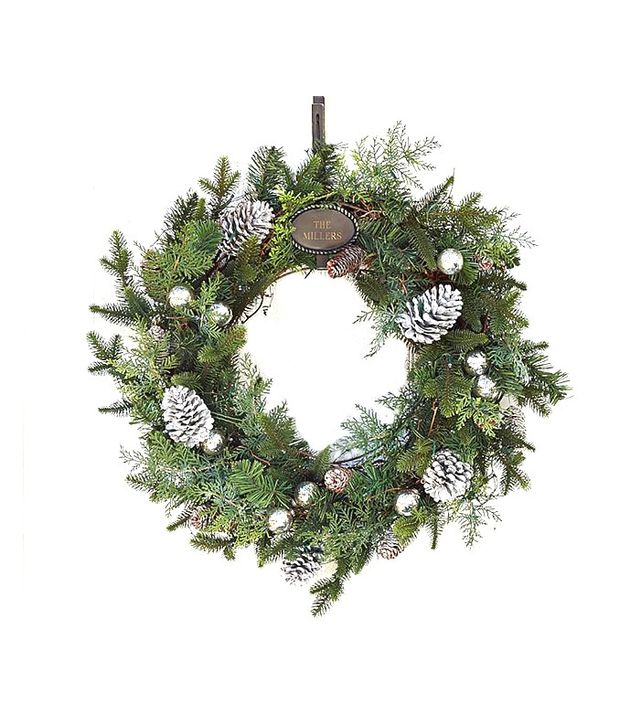 Pottery Barn Outdoor Lit Gray Pinecone Wreath and Garland