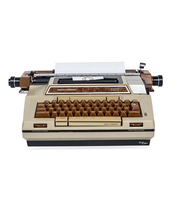 S. Corona 2200 Coronamatic Typewriter