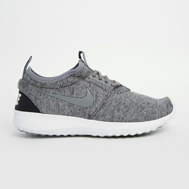 Nike Juvenate TP Trainers