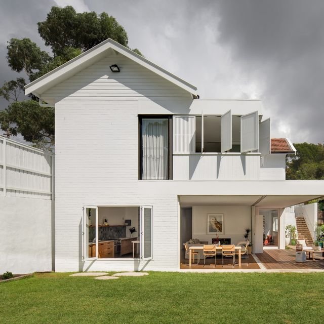 Home Tour: Inside an Inviting Mosman Bungalow