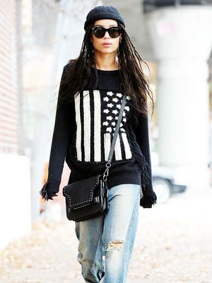 Zoë Kravitz's Fall Sweater Is Exactly What You're Looking For
