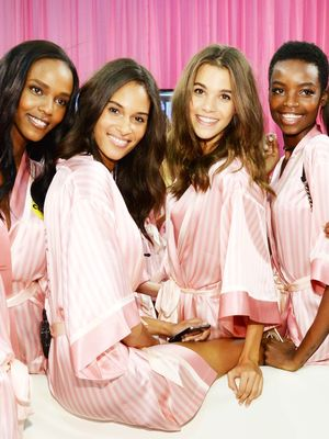 This VS Model Wore Her Hair Differently Than the Rest—Here's Why