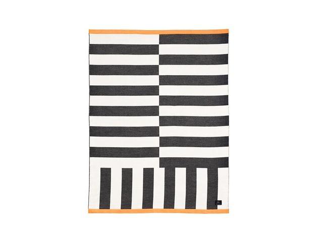Hem Stripe Throw