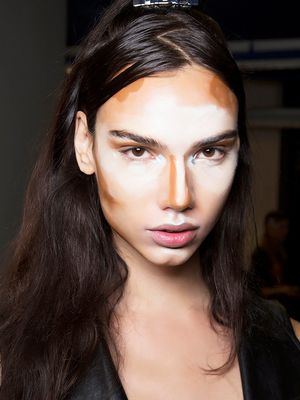 From 1500 to 2015: The Fascinating History of Contouring