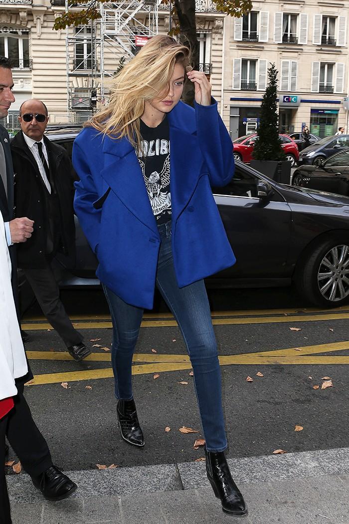 Gigi Hadid skinny jean outfit