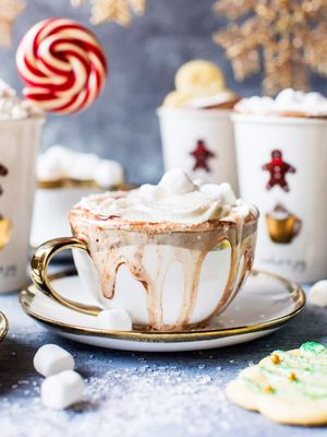 6 Scrumptious Hot Chocolate Recipes to Keep You Cozy This Season