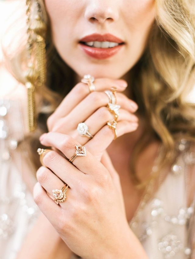 On Trend Entertainment For Winter 2016 17: This Will Be The Most Popular Engagement Ring Trend Of