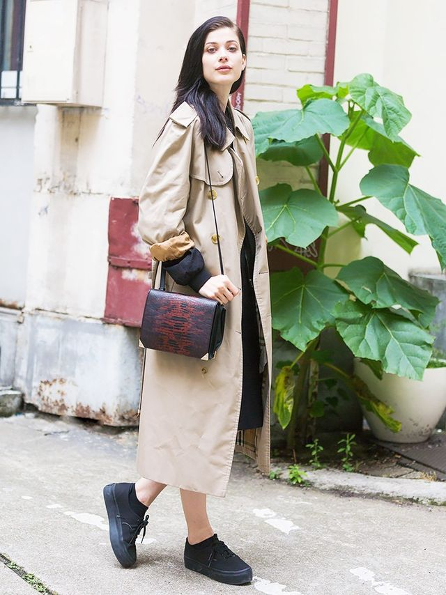 They wear duster-length jackets because the style is flattering, easy, and cool: