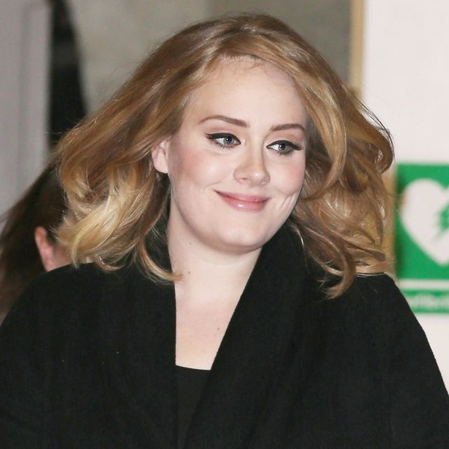 Watch Adele Totally Kill a Performance of Her New Song