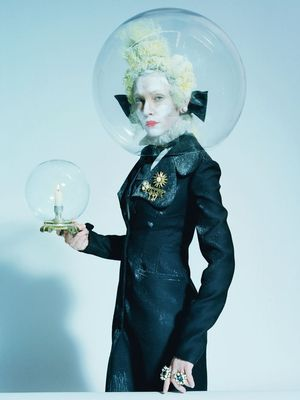 You Won't Recognize Cate Blanchett in Her Fantastical New Shoot