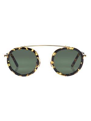 Must-Have: Sleek Sunglasses