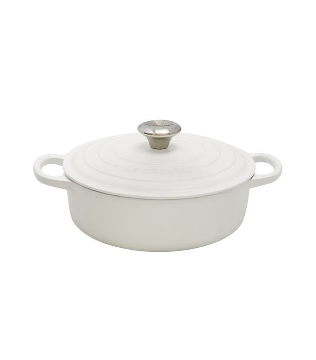 Le Creuset Signature Round Wide Matte Dutch Oven