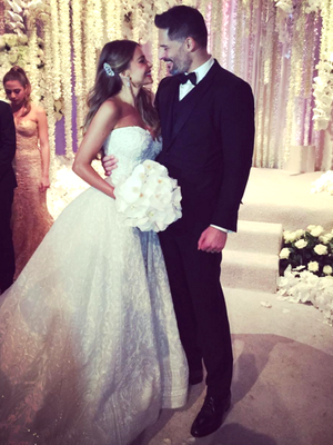 See Sofia Vergara's GORGEOUS Wedding Dress