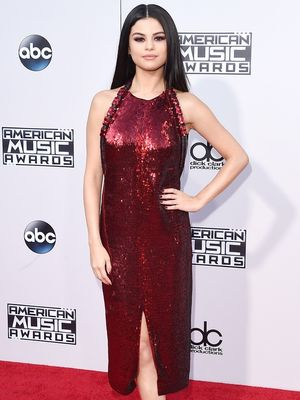 The Looks We Love From the American Music Awards Red Carpet