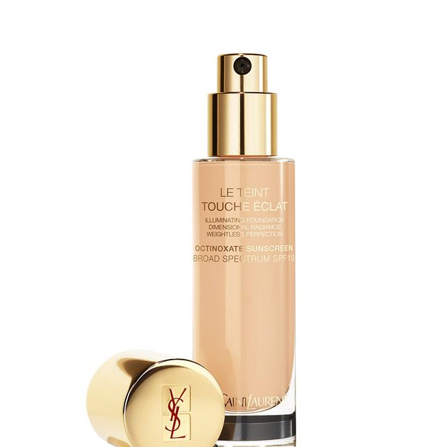 How to apply foundation: YSL Touche Éclat Le Teint