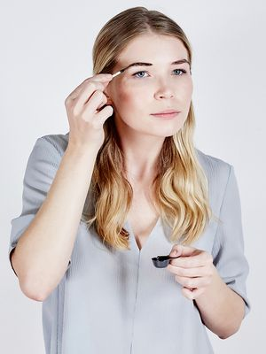I Do My Own Eyebrow Tinting—Here's How