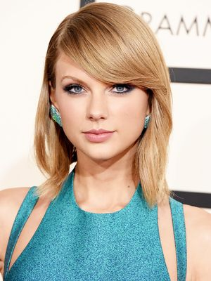 Now and Then: Taylor Swift's Epic Beauty Evolution
