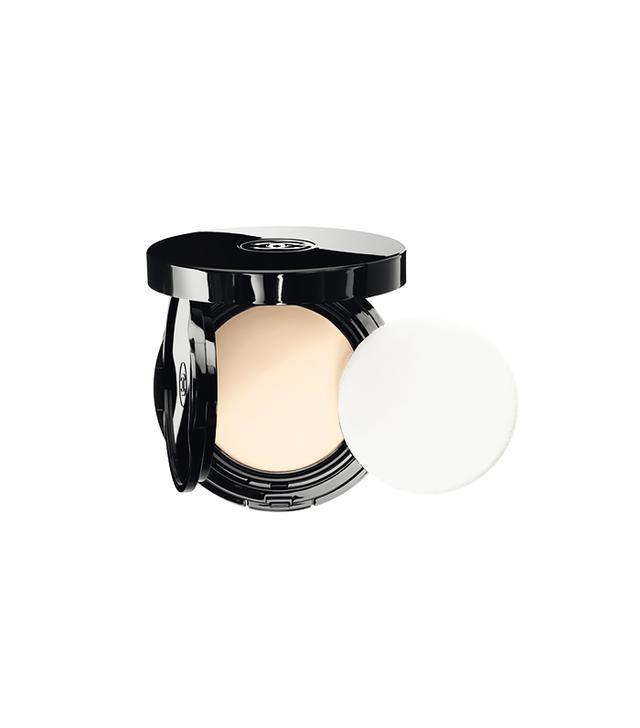 Chanel Vitalumière Aqua Cream Compact Makeup