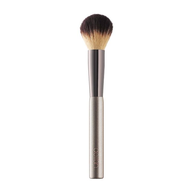 best makeup brushes: Delilah Blusher Brush