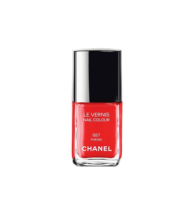 Chanel Le Vernis Nail Colour in Phenix