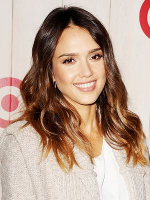 Jessica Alba is BLONDE—And There's a Video to Prove It