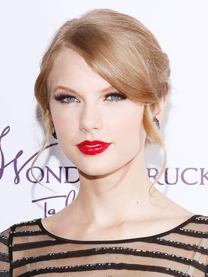 5 Taylor Swift-Approved Red Lipsticks