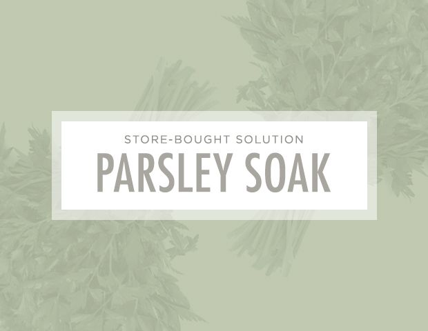 7 Brilliant Ways to Unclog Your Pores: DIY Solution: Parsley soak