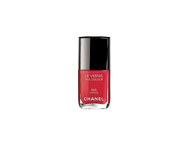 Chanel Le Vernis Nail Colour in Tapage