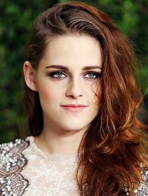 Kristen Stewart On Breakouts, Dirty Hair, & What She Learned From Zoolander